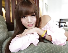 Gorgeous girlie Ladyboy welcomes visitor to Thailand with willing asshole